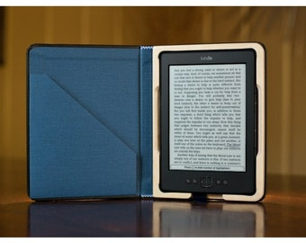 SALE - K4 Keeper Case for Kindle 4 Onyx Black with Camden Blue Interior