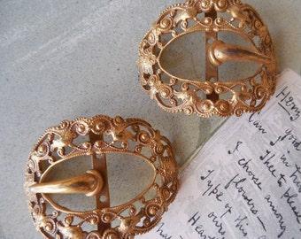 Fishel Nessler 1920s Gold Filigree Shoe or Sash Buckles Signed