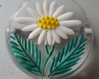 Vintage Reverse Carved Lucite Daisy Brooch