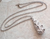 Monet Modernist Necklace Silver Tone Brutalist Teardrop 28 Inch Chain Vintage 051614RV
