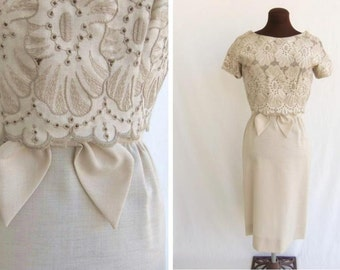 Vintage 60s Dress Sheath in Beige Tan Taupe Linen Look Eyelet Overlay Like New S / M