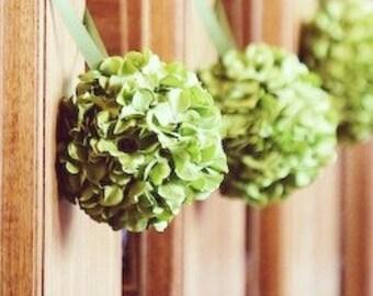 Wedding Pomanders, Green Hydrangea Kissing Balls for Pew Decorations set of 4, Wedding Centerpieces, Pomanders