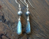 Labradorite earrings, labradorite pearl earrings, handmade labradorite