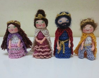 The Royal Family Finger Puppets, King Queen Prince Princess Finger Puppets