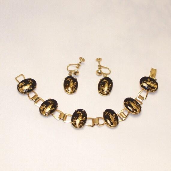 Glass Intaglio Cameo Bracelet Earrings Set  Vintage 1940s Oriental