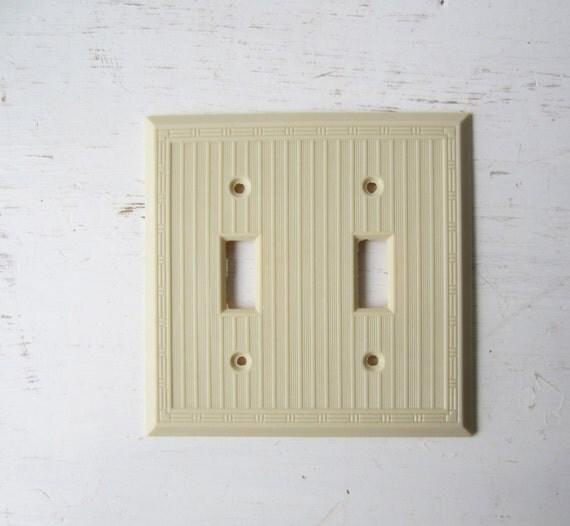 Vintage art deco cream bakelite double light switch cover - Art deco switch plate covers ...