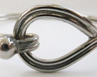 Vintage jewelry  bracelet in silvertone cuff bracelet 70s bangle bracelet