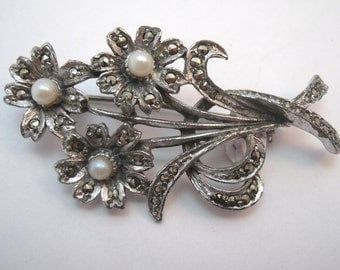 Vintage Flower bouquet brooch with marcasites and faux pearls