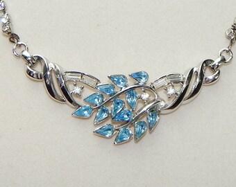 Valentine's necklace,bridal rhinestone necklace,rhinestone pendant necklace,Mid-Century necklace,1950's necklace,cocktail necklace