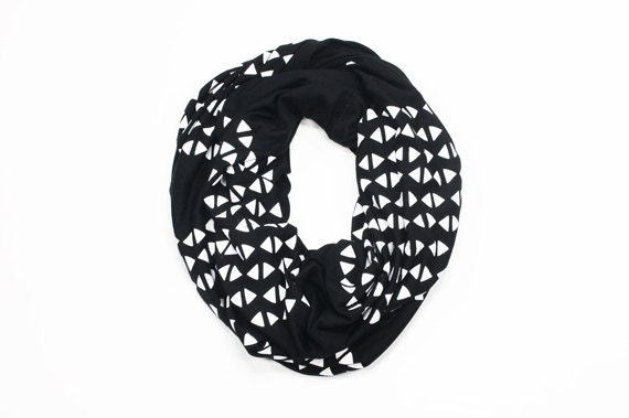 INFINITY SCARF - Screen Printed - White Triangles on Black