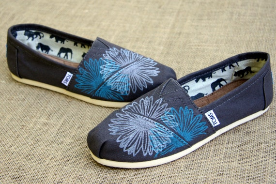 Daisy TOMS Shoes