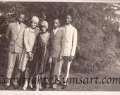 Vintage Photo- Origina snapshot- Flapper ladies and gents