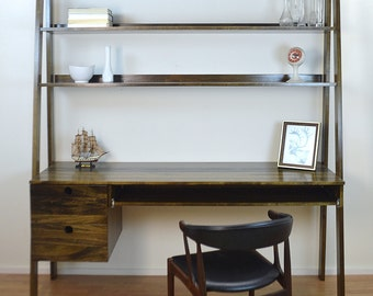 Integrated Desk and Shelving System