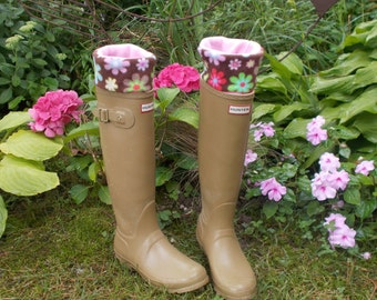 Fleece Rain Boot Liners, Daisy Print Cuff, Fleece, British Wellie Liners,Rain Boot Inserts, Rainy Weather, (Med/Lrg 9-11  Boot)