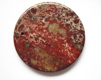Semi-precious red dyed agate