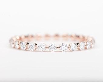 CERTIFIED - E-F, VVS -VS Diamond Wedding Band 14K Rose Gold