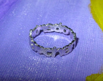 name ring .  2 or 3 names  all around a finger  ,all solid sterling silver .thick  gauge .any name. any size  ssr8