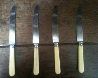 Vintage English Sheffield steel dinner knives set of 4 circa 1950's / English Shop