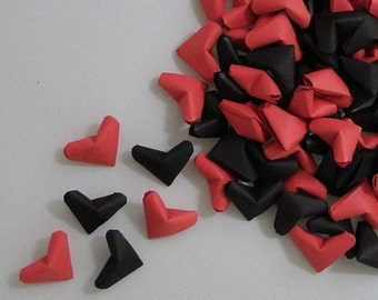 Small Origami Hearts (100): Black and Red
