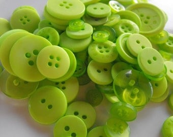 Spring Green Buttons, 100 Bulk Assorted Round Multi Size Crafting Sewing Buttons