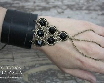 Leather bracelet - slave bracelet - warrior - fantasy bracelet