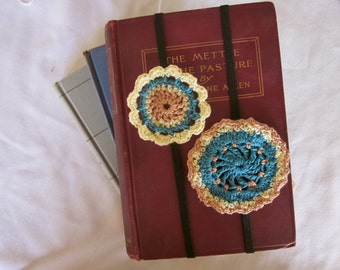 Handy No Slip Decorative Bookmarks, Elastic, Large Crochet Medallion Teal and Brown