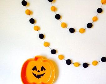 Halloween Felt Ball Garland 100 ct 14ft Felted balls by YUMMI