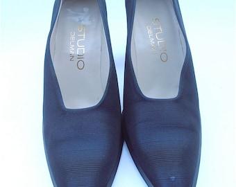 Vintage Dark Blue Ladies Shoes Vintage Studio Delman Shoes Vintage Navy Blue Shoes Vintage Blue Womens Shoes Blue Pumps Ladies Shoe Size 7M