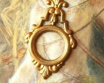 Vintage BEAUTIFUL OLD Brass Openwork Ornate Pendant Piece