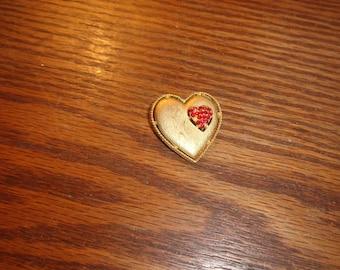 vintage pin brooch goldtone heart rhinestones