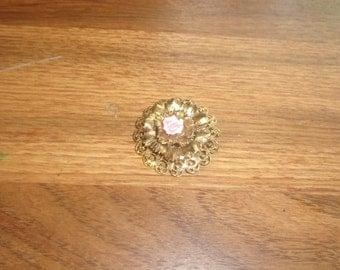 vintage pin brooch goldtone porcelain flower