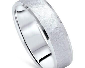 Mens 14K White Gold Hammered Beveled Wedding Band New