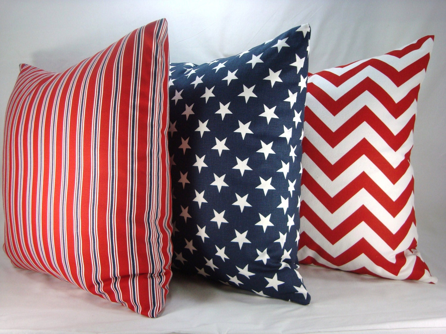 Red white and blue decorative pillows accent toss pillows set for Red and blue pillows