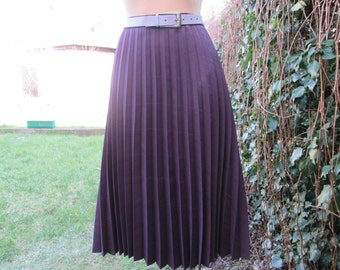 Pleated Skirt / Pleated Skirts / Skirt Vintage / Violet Pleated Skirt/ EUR 46 X UK18 / Big / Large Skirt