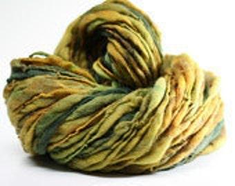 Handspun Wool Yarn Thick and Thin Slub  tts(tm) Merino Hand dyed xLR 03b