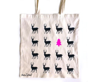 Fall tote bag with black little deers.