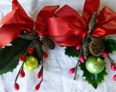 Vintage Christmas corsage corsages 6 Made in Japan Silver leaves Bells Glitter Pine cones Mica