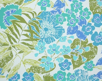 Retro Wallpaper by the Yard 70s Vintage Wallpaper - 1970s Blue Flowers and Green Ferns on White