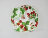 Vintage strawberry plate large serving platter picnic tray