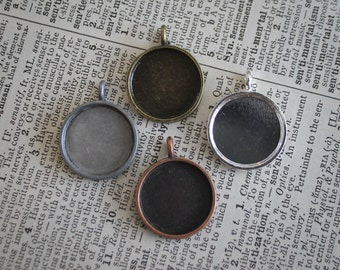 6 DIY Necklace pendants Round 16mm Photo frame charms for bracelets, family photos and wedding bouquets -  bezel Lead and Nickel Free