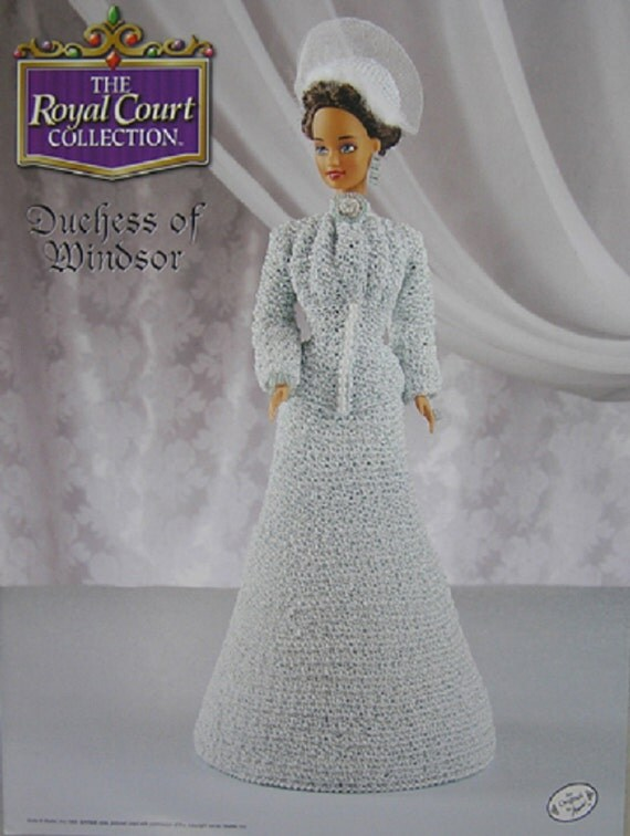 ... Pattern Duchess of Windsor Royal Court Colleciton Barbie Doll Dress