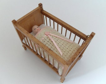 Dollhouse Miniature Nursery Blanket, 1:12 scale Crib Cot Cover, Hand Knit with Pure Lamb's Wool, Pink Embroidery and Satin Ribbon Trim