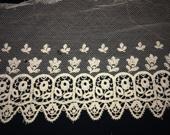 Vintage Wide Ivory Cotton Netted Lace, Antique Lace, Vintage Lace Collar, Vintage Sewing Supplies, Vintage  Net Lace