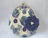 motif  flat purse pouch liberty 1