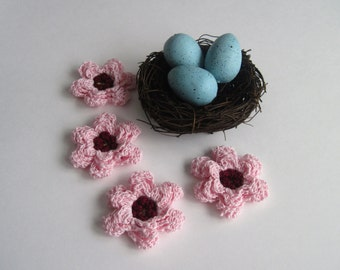 4 Crochet Applique Embellishment - Pedal Flowers - Pink & Burgundy - Yellow Center - Set of 4