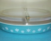 RESERVED FOR JESSICA****Vintage Pyrex Snowflake Dish******