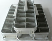 Vintage ice cube trays/makers Quickube for Frigidaire from Diz Has Neat Stuff