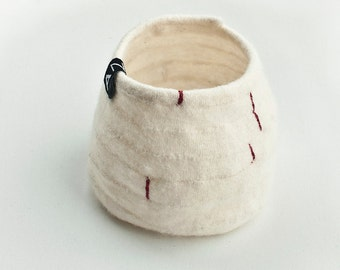 Textile Shapes, off-white with red decor no2