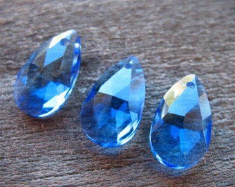 4 Blue Glass Briolettes Faceted Glass Teardrop Beads 16mm