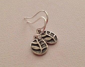 Leaf Earrings in Sterling Silver -Silver leaf Earrings -Nature earrrings